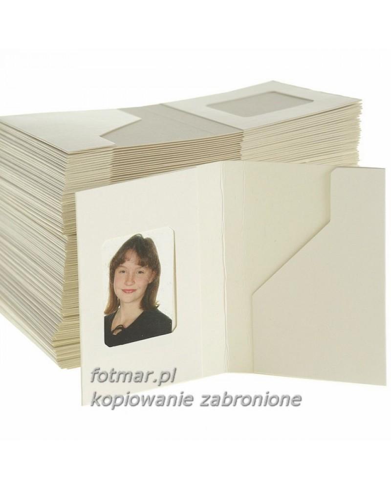 Białe okładki na zjęcia legitymacyjne opakowanie 100 szt