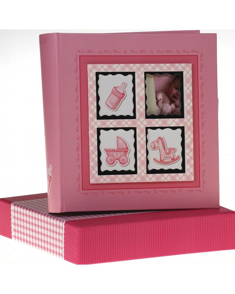 Różowy album na zdjęcia dziecięce 10x15 na 200 zdjęć w pudełku z miejscem na opis BABY6